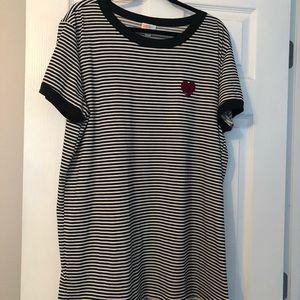 NWOT Lularoe Liv T Shirt 2x
